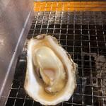 牡蠣小屋 丸海水産 - 料理写真:
