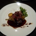 鮨 肉 酒肴 志 - ふらの牛と幕別〇〇牧場の野菜のグリル←農場名聞き取れず