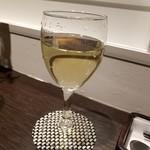 カフェ イースト4 - 白ワイン