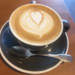 エンバンクメントコーヒー - カプチーノ