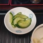 家庭料理 味楽 - 漬物(カレー定食)
