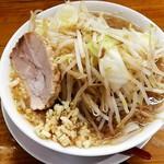 Menya yuusaburou - 勇三郎ラーメン780円野菜大盛り