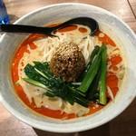 ユトリ - 濃厚白ごま担担麺