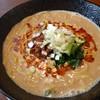 餃子の花家 - 料理写真:白ゴマ担々麺も当店オリジナルの癖になる味