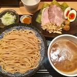 つけ麺 道 - 特製つけ麺  1,150円