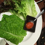 焼肉まるしま - サムギョプサルのサンチュ
