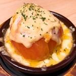 デザイナーズ個室×肉バル BRUNO - とろ〜りトマトとチーズのオーブン焼き