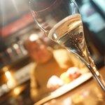 7SEATS JAZZ BAR bird  - シャンパン