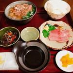 山羊料理 南山 - 山羊定食の中(2,000円)