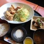 ラクダ - 料理写真:唐揚げランチ ¥780