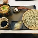101457329 - 「親子丼セット」。