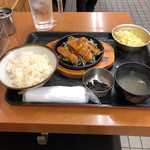 101467473 - 生姜焼定食