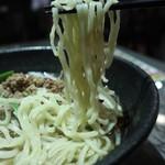 留園 - 台湾ラーメンの麺