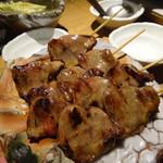 鶏屋 ぜんろく - ・本格炭火焼鳥2種、ハツ