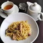 テンラン カフェ - 紅茶の漉し器がおしゃれ