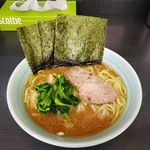 武蔵家 - 料理写真:ラーメン 650円