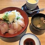 すし 波奈 - 日替わり海鮮丼ランチセット