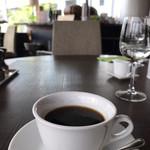 ロティスリー レイ - 食後のコーヒー