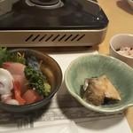 Izakayakappoutamura - 付け出し、さし盛り、かに酢 ♪