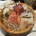101485045 - 日本海おさしみの桶盛り(一人前) 1,500円 ♪