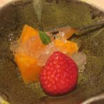 ふぐ武 - デザート          せとかが甘くて美味しいです。
