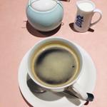 茶屋 亜希子 - コーヒー