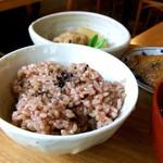 めぐたま - 美味しい黒米。