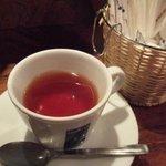 1015613 - 紅茶 砂糖とミルクは簡単のものでした