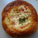 Boulangerie Antibes - オニオンベーコン
