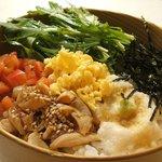 Pollo - 比内地鶏のとりわさ丼(ランチ限定)