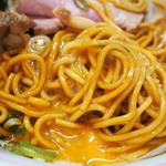 ラーメンたんろん - 油そば(生卵入り麺)