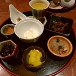 博多メシ 男厨 - 前菜 見ているだけでもきれいし楽しめる