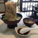 魚河岸 丸天 - 料理写真:海鮮かき揚げ丼(あら汁付)1188円