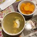 ナパッサナン - ランチセットのスープとデザート