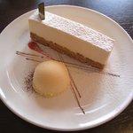 10153405 - クリームチーズケーキ(336円)