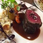 ビストロ ブールブラン - 料理写真:エゾシカのステーキ
