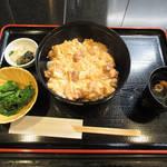 Shunsaishungyotan - 【北新地でランチ】 地鶏親子丼 \1000