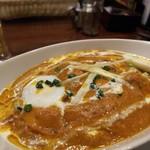 """インドアジアン レストラン&バー ビンティ - """" 今日の賄いcurry """"......玉葱ベースでchickenとマッシュルーム入り。んめがった‼️"""