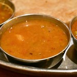 南インド料理ダクシン - 【南インド肉料理ミールズ@2,050円】サンバル(豆カレー)