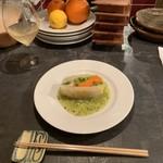 ワイン ウルル - イクカの部屋 春野菜と白菜のテリーヌ キウイソースで