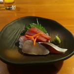 柏庵 - 鰆炙り、しめ鯖、黒鯛、赤身の盛合せ