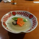 柏庵 - 大根、牡蠣、人参、きぬさやの煮物