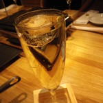 101564244 - スパークリングワイン