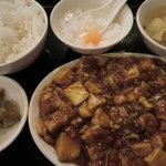 東海飯店 - マーボー豆腐定食:800円