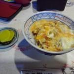 東そば - 料理写真:カツとじ丼(並)