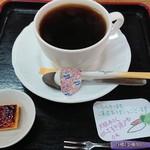 道の駅 吉野路大淀iセンター - ドリンク写真:ちょっと一息。350円。