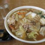 ふるさと - 料理写真:野菜あんかけラーメン 770円