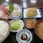蒸汽茶屋 - 料理写真:刺身定食 1,800円 (2011.8)