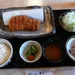 とんかつ むら八 - 料理写真:ロースカツ定食