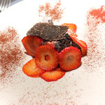 エクアトゥール - 苺のティラミス